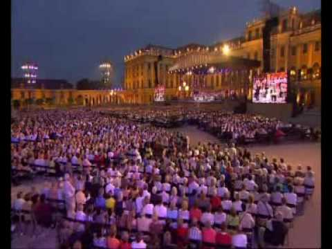 Andr� Rieu at Sch�nbrunn - The Third Man