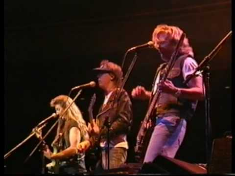 The Doobie Brothers Dependin` on You / Live at Budokan `93
