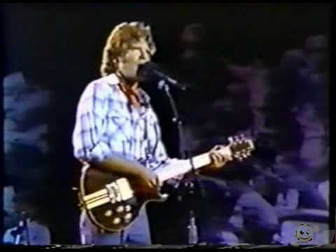 John Fogerty - Live at Vietnam Veterans-Who`ll Stop The rain