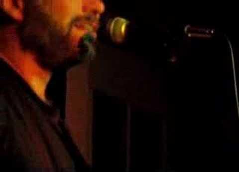 John Gorka performs Mean Streak