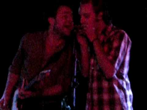 Dawes + John McCauley(Deer Tick) - When My Time Comes Outro @ The Empty Bottle
