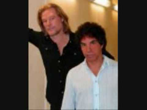 Say It Isn`t So (Special Extended Dance Mix) Daryl Hall & John Oates