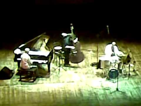 Roy Haynes trio with John Patitucci - Umbria jazz 2009