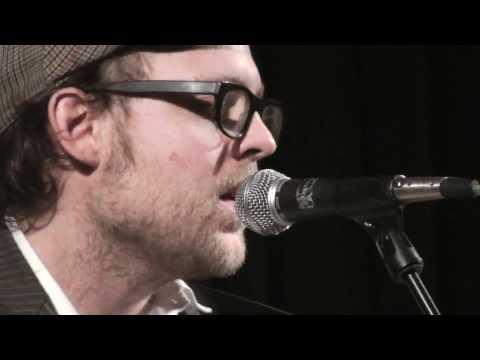 Valby Kulturhus: Lennon - en hyldest til rockpoesien (kort version)