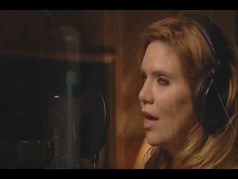 """Lay Down Beside Me"" - Alison Krauss with John Waite"