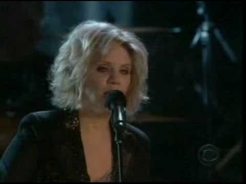 Music Video - Alison Krauss & Dwight Yoakam -Johnny Cash Tribute, `05 - If I were a carpenter