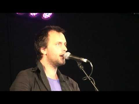 Jon Boden singing Peter Bellamy`s version of Rudyard Kipling`s poem The Land.mpg