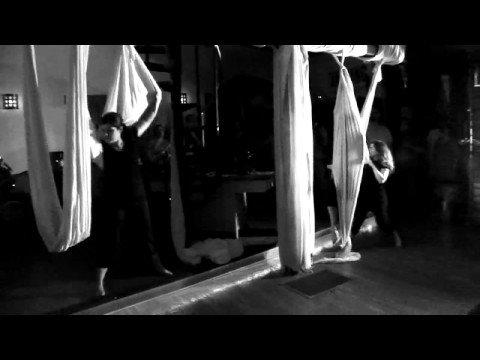 "Grampall Jookabox ""Ponta"" Live with Motus Dance"