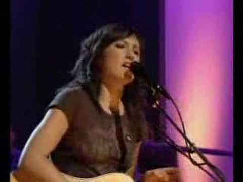 "KT Tunstall ""Black Horse & The Cherry Tree"" on Jools"