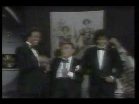 DON PEDRO VARGAS canta con JULIO IGLESIAS y EL PUMA (1986)