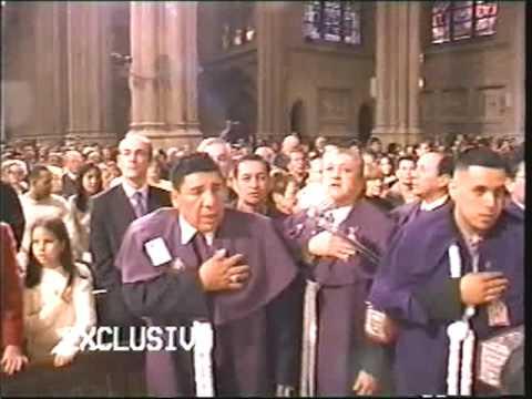 Procesion Del Se�or de Los Milagros en NY - Himno Nacional del Peru