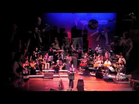 Feminina - Joyce Moreno, com Orquestra a Base de Sopro e Vocal Brasileir�o - Curitiba 12/12/10