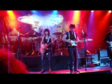 Chrissie Hynde Hates Cameras JP Chrissie and the Fairground Boys Commodore Ballroom 10 19 10