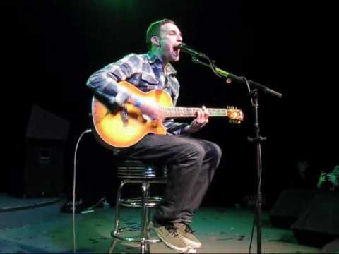 Vinnie Caruana - Green Eyes (LIVE HQ)