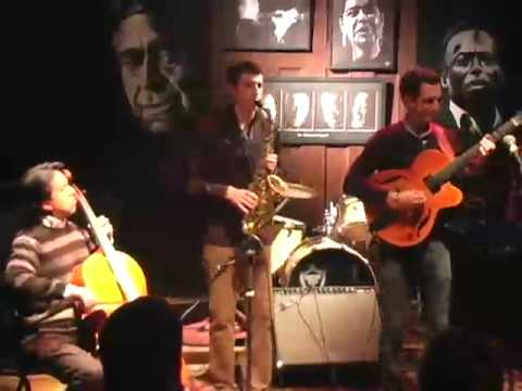 JULIAN LAGE GROUP
