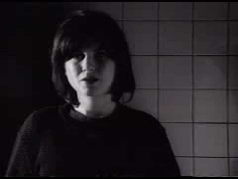 Juliana Hatfield - Everybody Loves Me But You