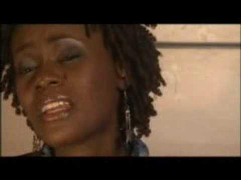 Juliana Kanyomozi with Nabikoowa on UGPulse.com Ugandan Music