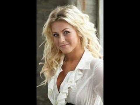 """Unraveling"" Julianne Hough"