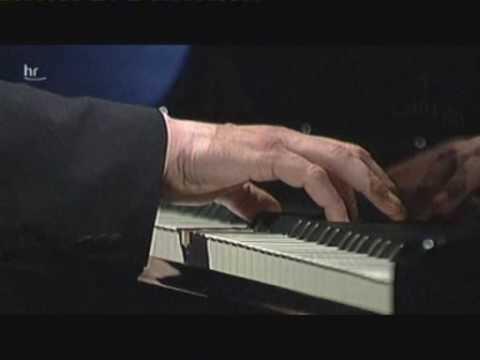 Johannes Brahms - (1/2) 5 Songs, Op. 94 (Quasthoff/Zeyen)