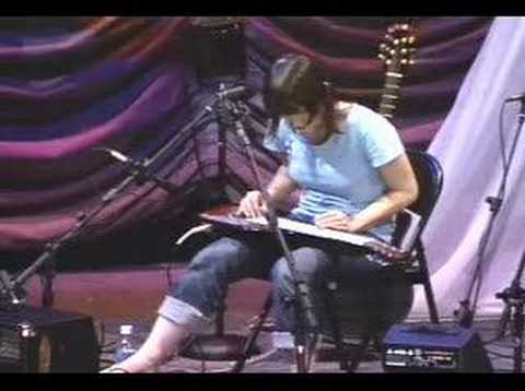 Kaki King - They Loved It In Italy (Live)
