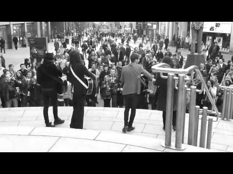 Kassidy - Busking on Buchanan Street