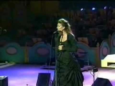 Celine Dion-My Heart Will Go On Mash-Up Medley(Live)