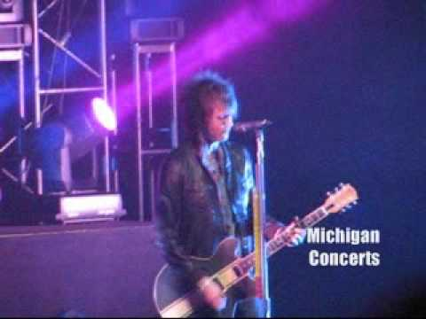 Shes Got a Boyfriend Now - Boys Like Girls LIVE!!