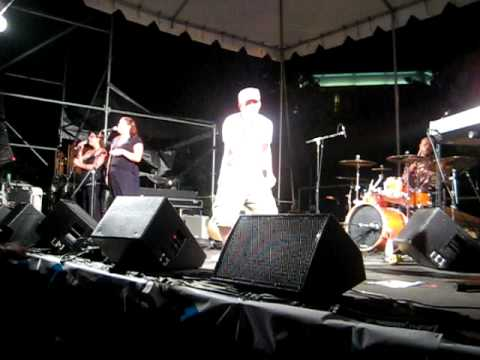 "Keegan Smith & The Fam, ""Dancin` Shoes"" LIVE at Wake Jam 2009"