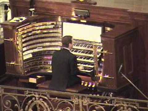 Ken Cowan plays at Wanamaker Organ Day