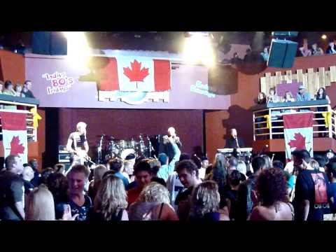 Kenny Shields and Streetheart & Winnipeg Police Pipe Band - What Kind Of Love Is This - 2010