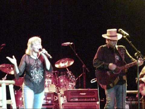 Jennifer Rives sings with KEVIN SKINNER at Murray Freedom Fest Concert in KY