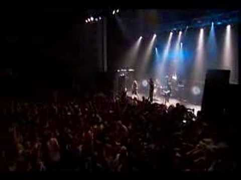 Killswitch Engage - When Darkness Falls (live)