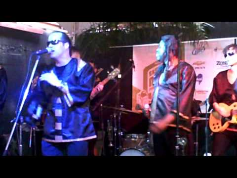 "Milwaukee`s Kings Go Forth Performing ""You`re The One"" at the Muzzle of Bees SXSW Showcase"