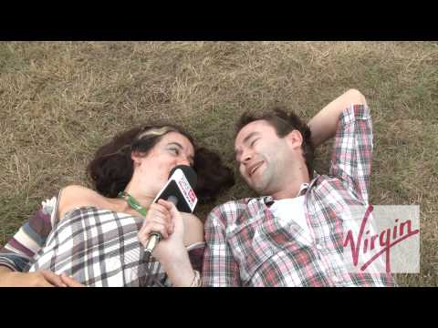 V Festival 2010 #9: Kirsty Almeida`s bellyflowers & Amy Macdonald`s groupies