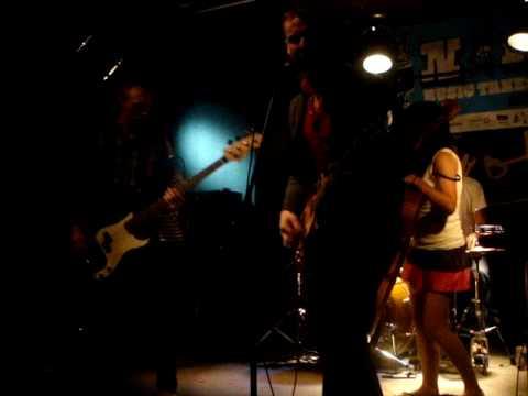 kittens ablaze @ the Rivoli 2009.06.18