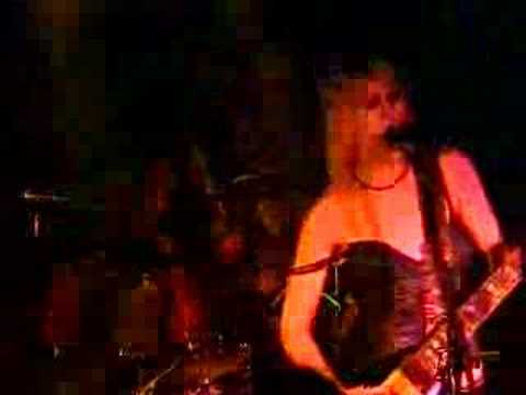 Kittie - Look So Pretty