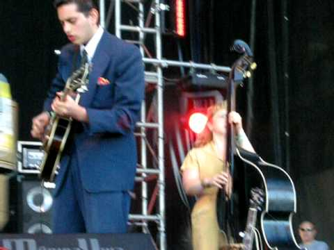 20090530 - Primavera Sound 2009 - Kitty, Daisy & Lewis (3/6)