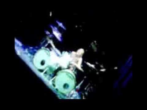 Solo de James Kottak et Matthias Jabs (Scorpions)