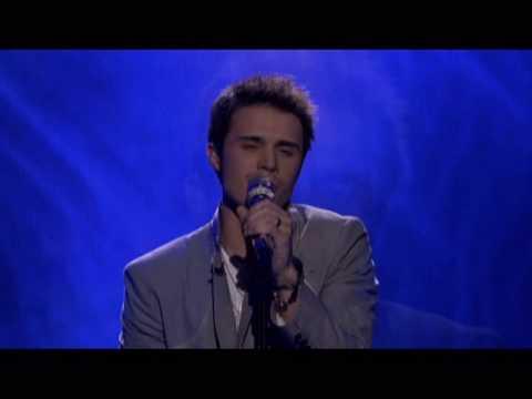 KRIS ALLEN SINGS FALLING SLOWLY II