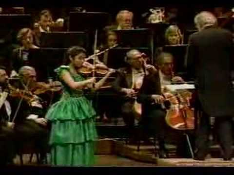 Sarah Chang: Mendelssohn Violin Concerto in E minor Mvt.3