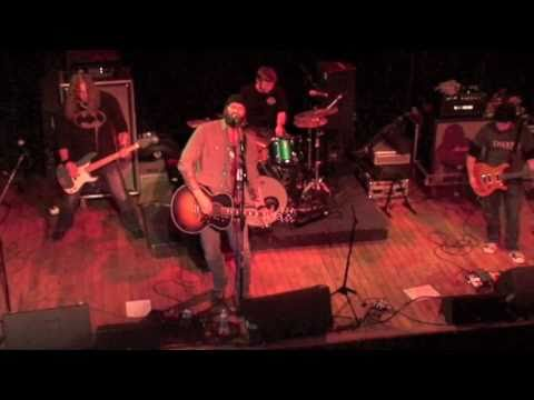 "Kyle Turley ""We Ride"" - Live in St. Louis"
