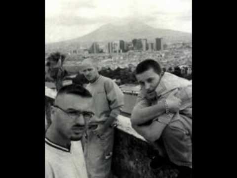 """""""Mazz e Panell"""" La Famiglia (feat. Chief & Soci)"""