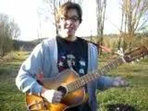 El Mauna con la guitara
