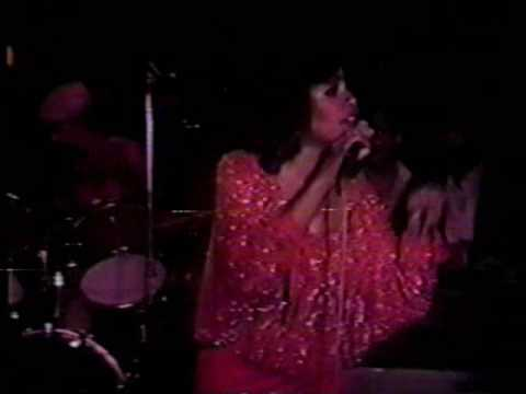 "SCHERRIE PAYNE LIVE AT THE PLAYBOY CLUB 1981 - ""I`M MOVIN` OUT TODAY"""