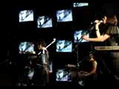 Ladytron - Destroy Everythying You Touch