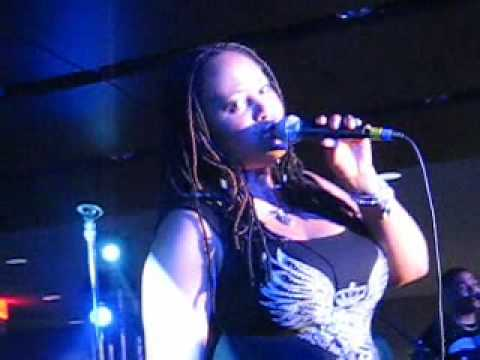 "Part 1 of Lalah Hathaway Live at Essence Music Festival 2009, ""Forever, For Always, For Love"""