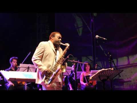 FMM Sines 2010 - Nat King Cole en Espagnol & Las Rubias del Norte (1� Noite - Part II)