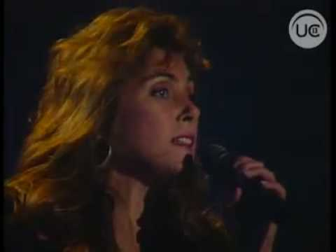 Laura Branigan - The Power Of Love & Forever Young (Una Vez Ms 1988).flv