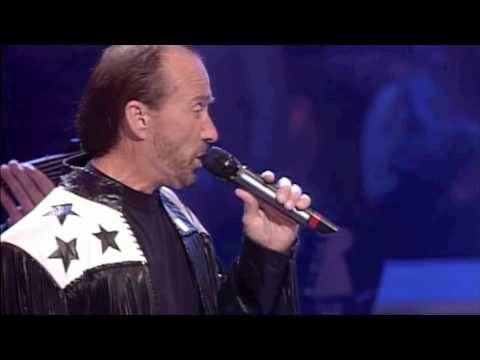 "Lee Greenwood - ""God Bless The USA"" live at the Grand Ole Opry"