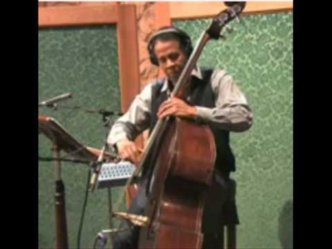 The Stanley Clarke Trio - Under The Bridge